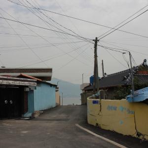 신덕 해수욕장 인근 마을